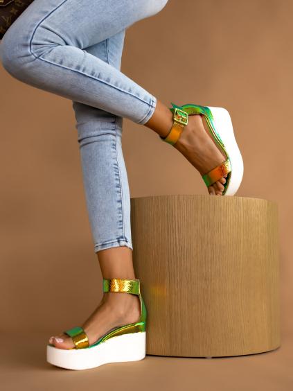Viacfarebné lesklé sandálky POLAR (Velikost 40)