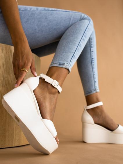 Biele remienkové sandálky BRIEF (Velikost 41)