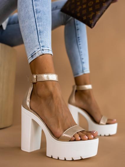 Bílozlaté remienkové topánky na podpätku BATTLE (Velikost 40)