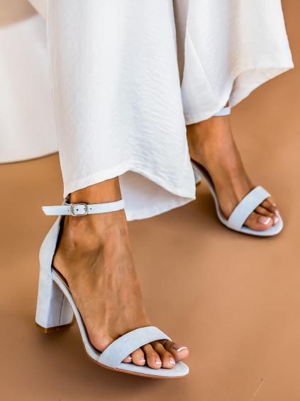Svetlo modré remienkové topánky na podpätku ELAINE (Velikost 41)