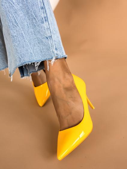 Žlté hladké topánky na podpätku MELODY (Velikost 41)