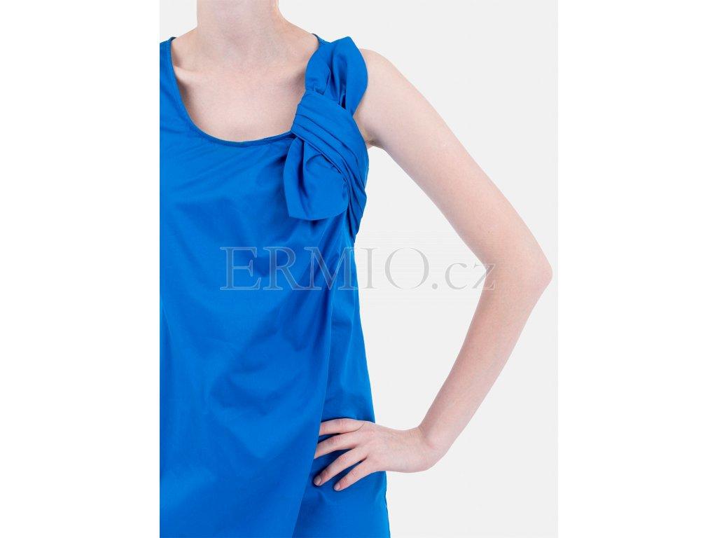 Luxusní Krásné letní šaty Moschino modré v e-shopu   Ermio Fashion b8b9051267