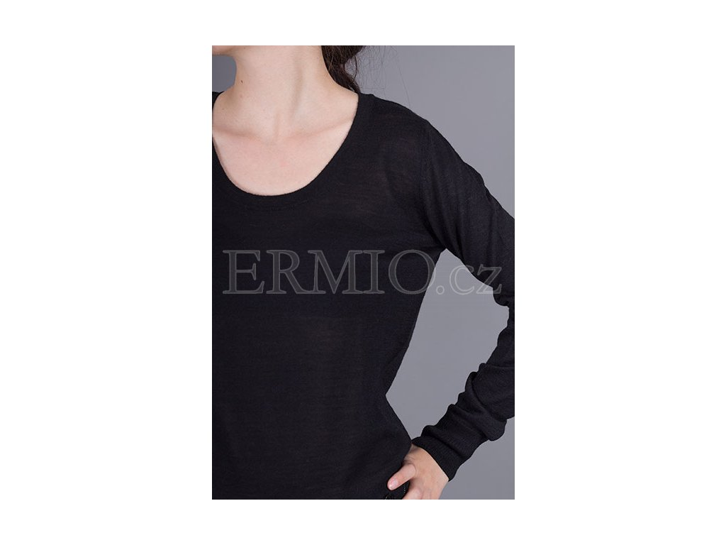 Luxusní Značkový dámský černý svetr Armani v e-shopu   Ermio Fashion c52c85ab43