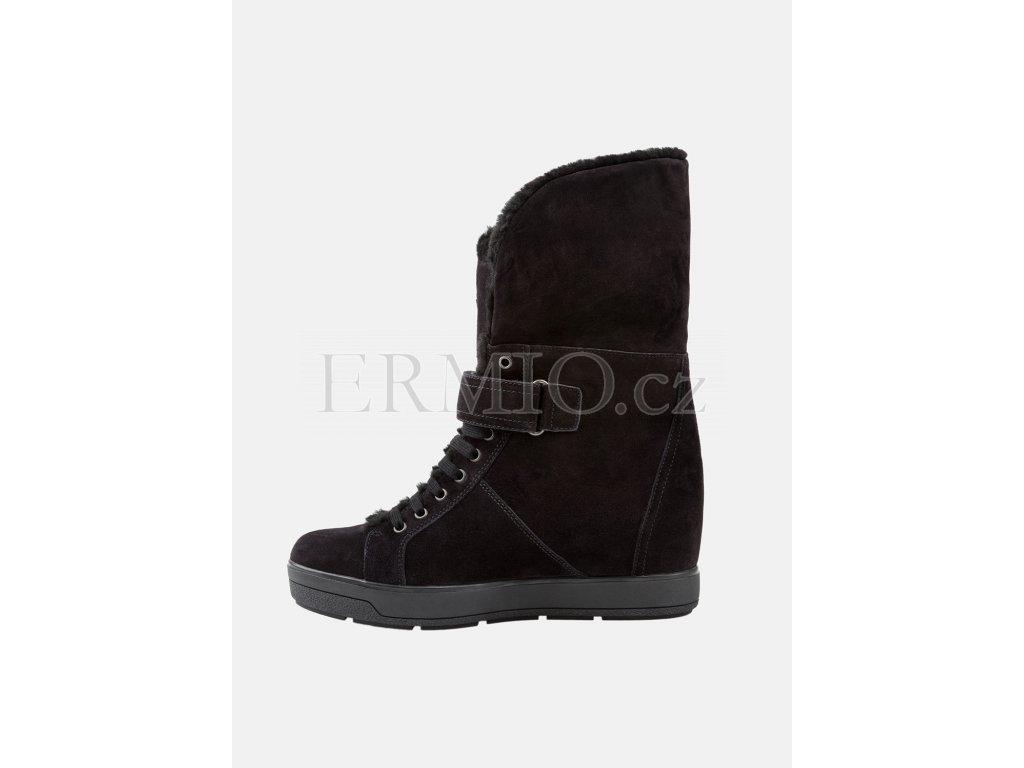 Luxusní Dámské kozačky PRADA v e-shopu   Ermio Fashion 15b29e28c56