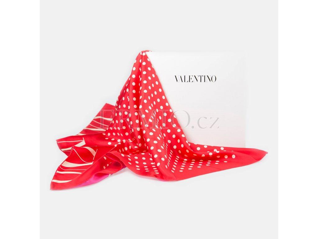Krásný červený šátek Valentino