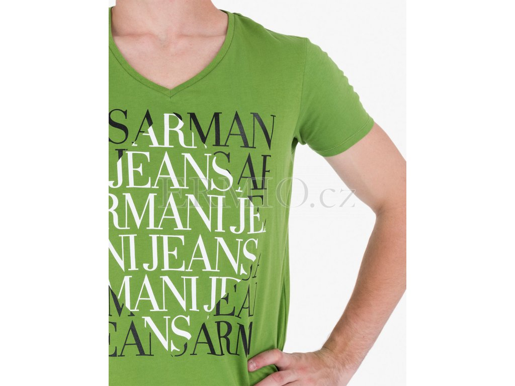 4e57fe5ed757 Luxusní Zelené tričko Armani Jeans v e-shopu   Ermio Fashion
