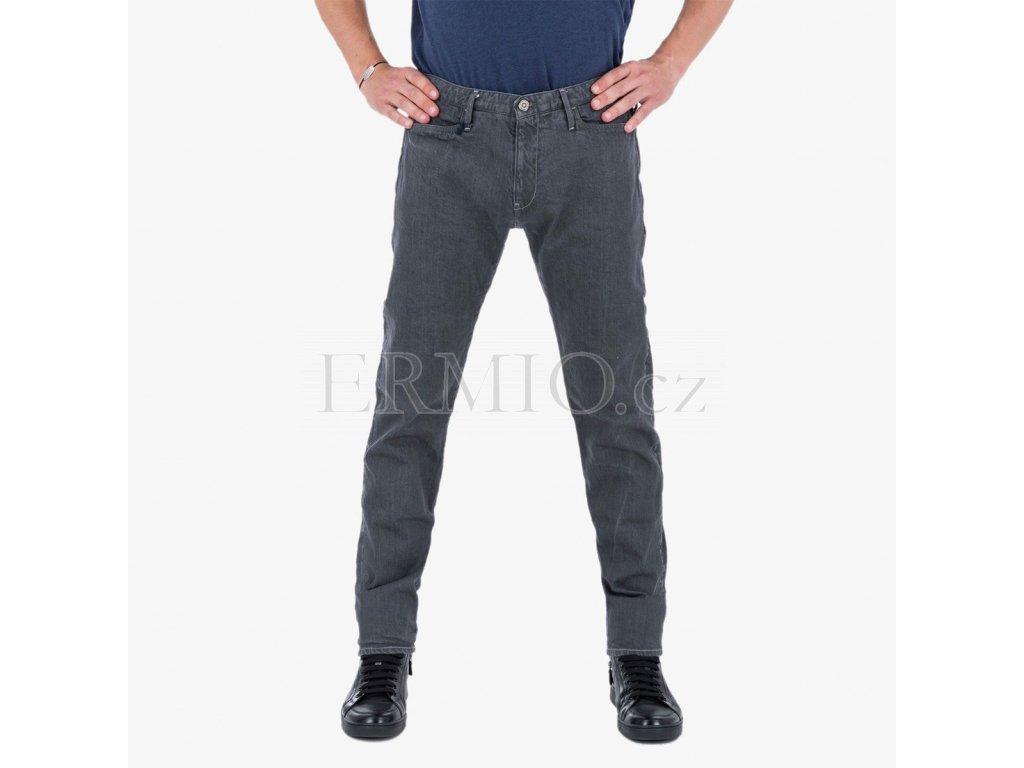 b17ce6f9682 Luxusní Šedé pánské kalhoty Armani Jeans v e-shopu   Ermio Fashion