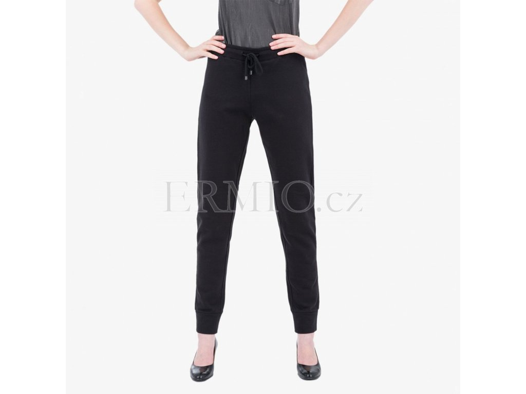 Černé tepláky Armani Jeans