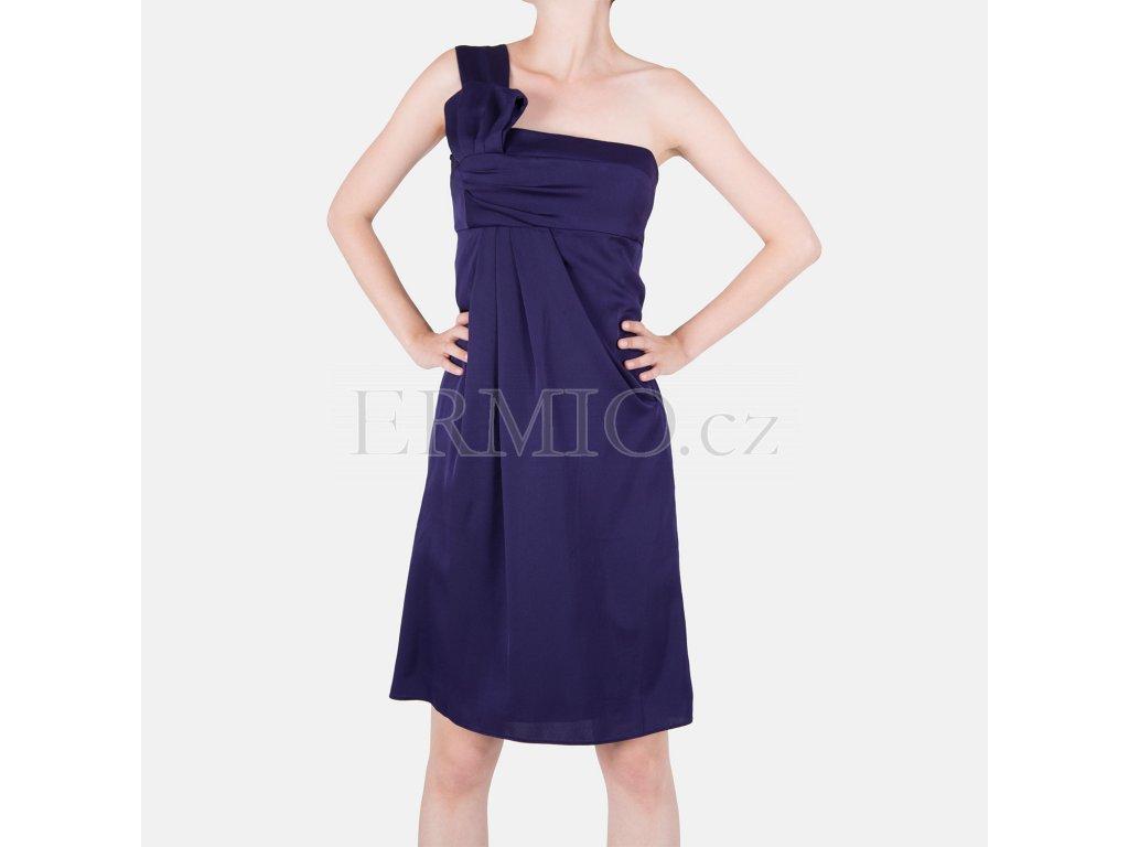 85e2c77d4f9 Dámské značkové luxusní oblečení Armani