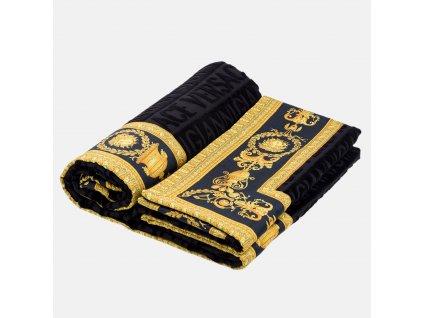 Dámské značkové luxusní oblečení Armani 7a780023fb