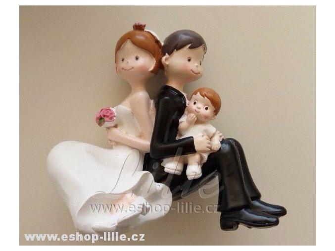 Svatební pár s chlapečkem MO28477