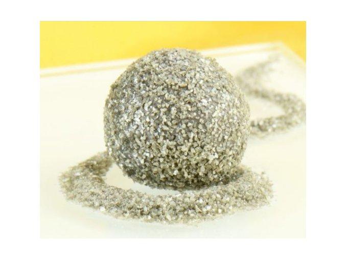 stříbrný