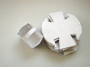 Svatební košíčky bílé s uchem 10 kusů