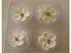 Perleťově bílá divoká růže cukrová dekorace 239 Culpitt