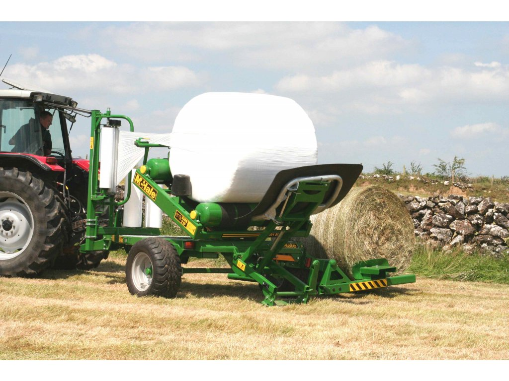 991 BC Two Bales Tipping Bale