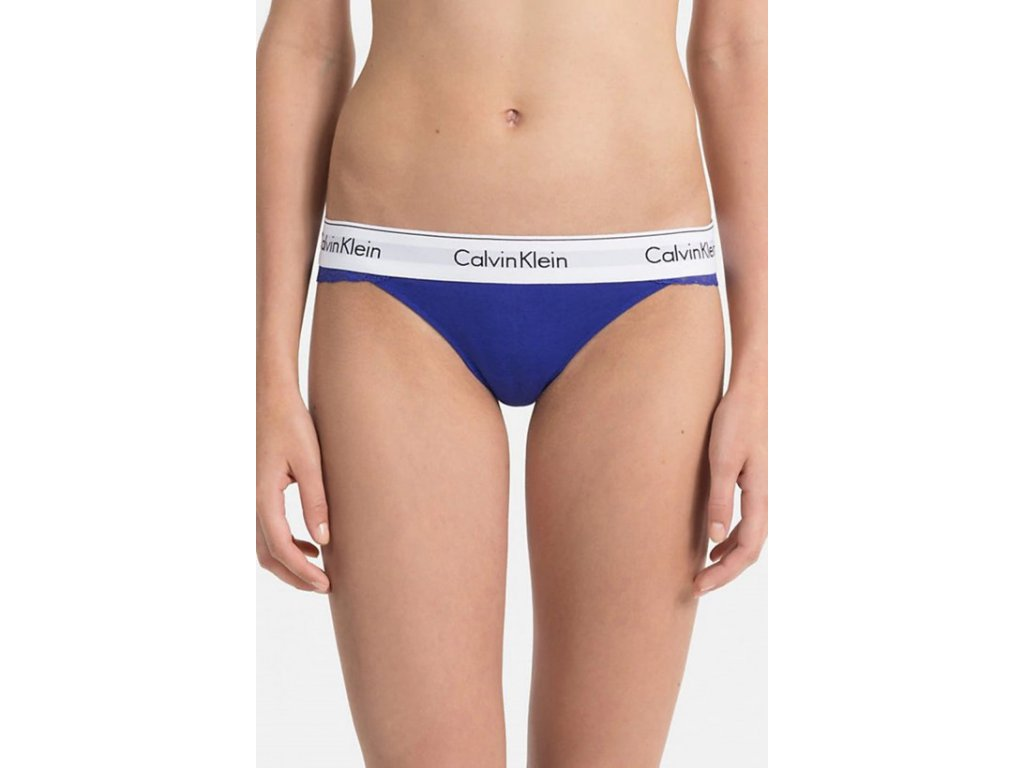 Krajkové tanga s přední bavlněnou částí Calvin Klein limitovaná kolekce modré CK QF4585E PZ6