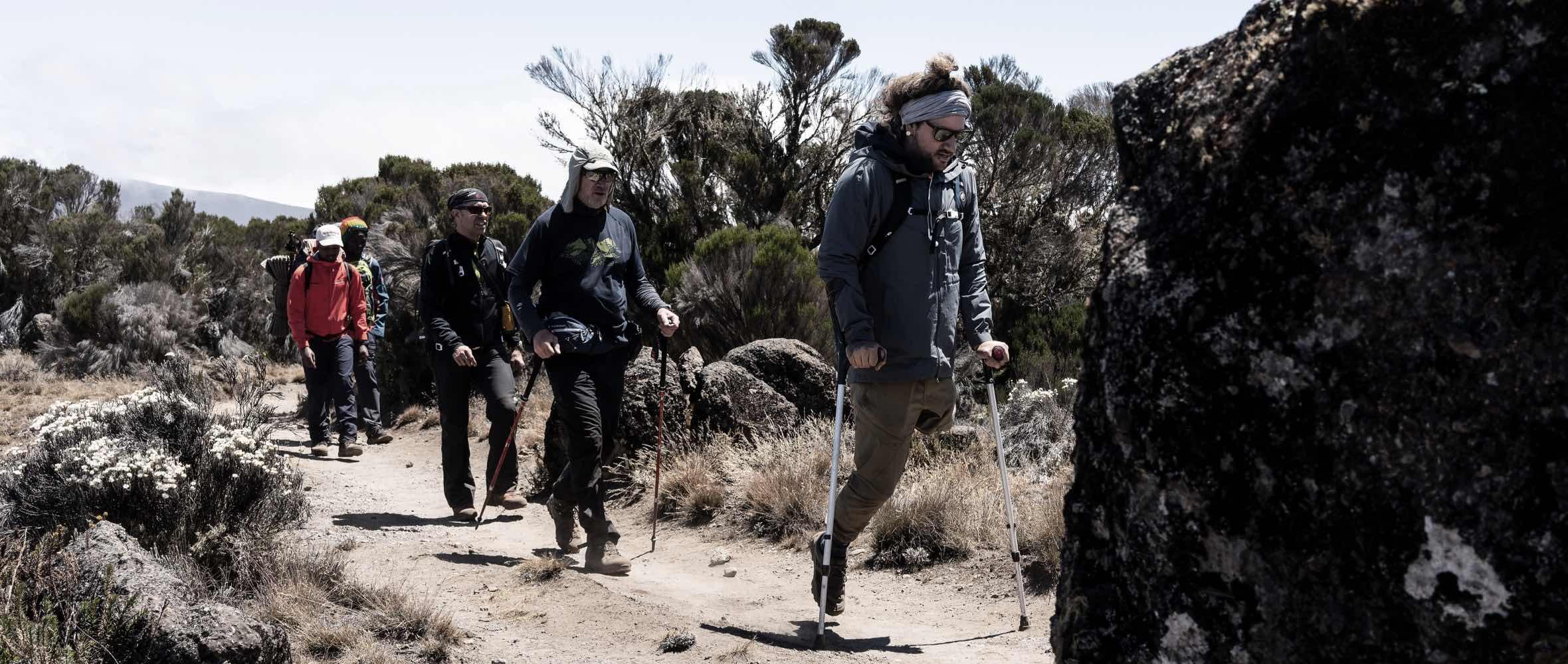 activity_hiking_s19_slider_4-6815-0
