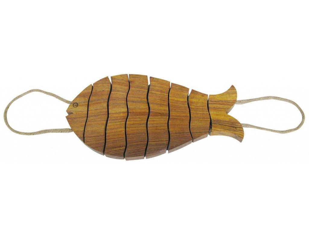 Dřevěná podložka pod nádobí - ryba