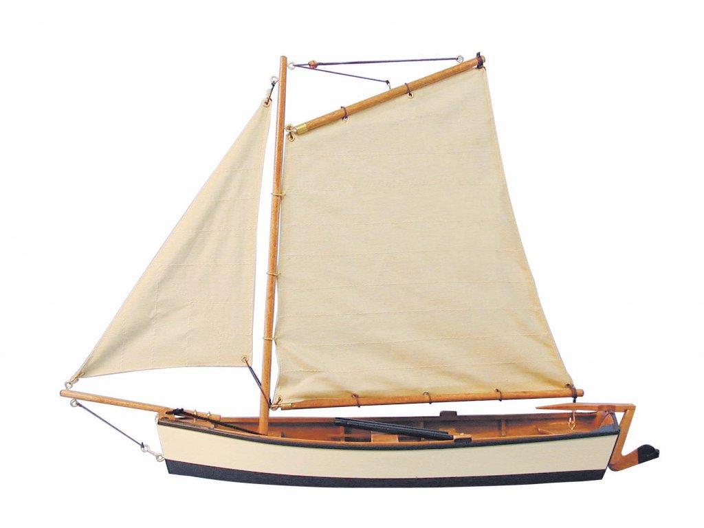 Model malého rybářského člunu s krémovými plachtami 45 cm
