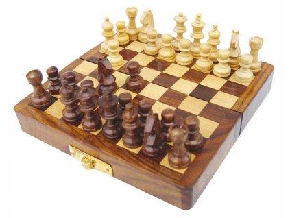 Šachy magnetické v dřevěné truhle 12,5 x 12,5 x 1,7 cm