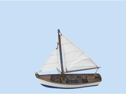 Model malého rybářského člunu s bílými plachtami 16 cm