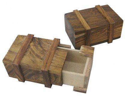 Dřevěná truhla - tajná schránka 9199