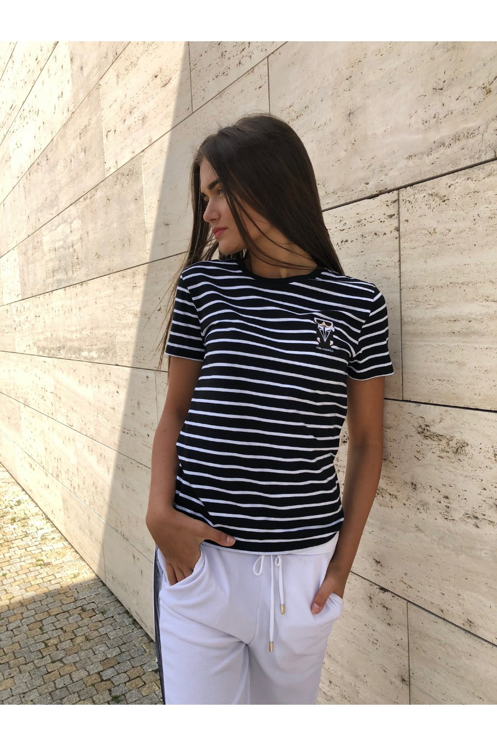 damske tricko karl lagerfeld kocktail karl stripe patch tee black white eshopat cz 6