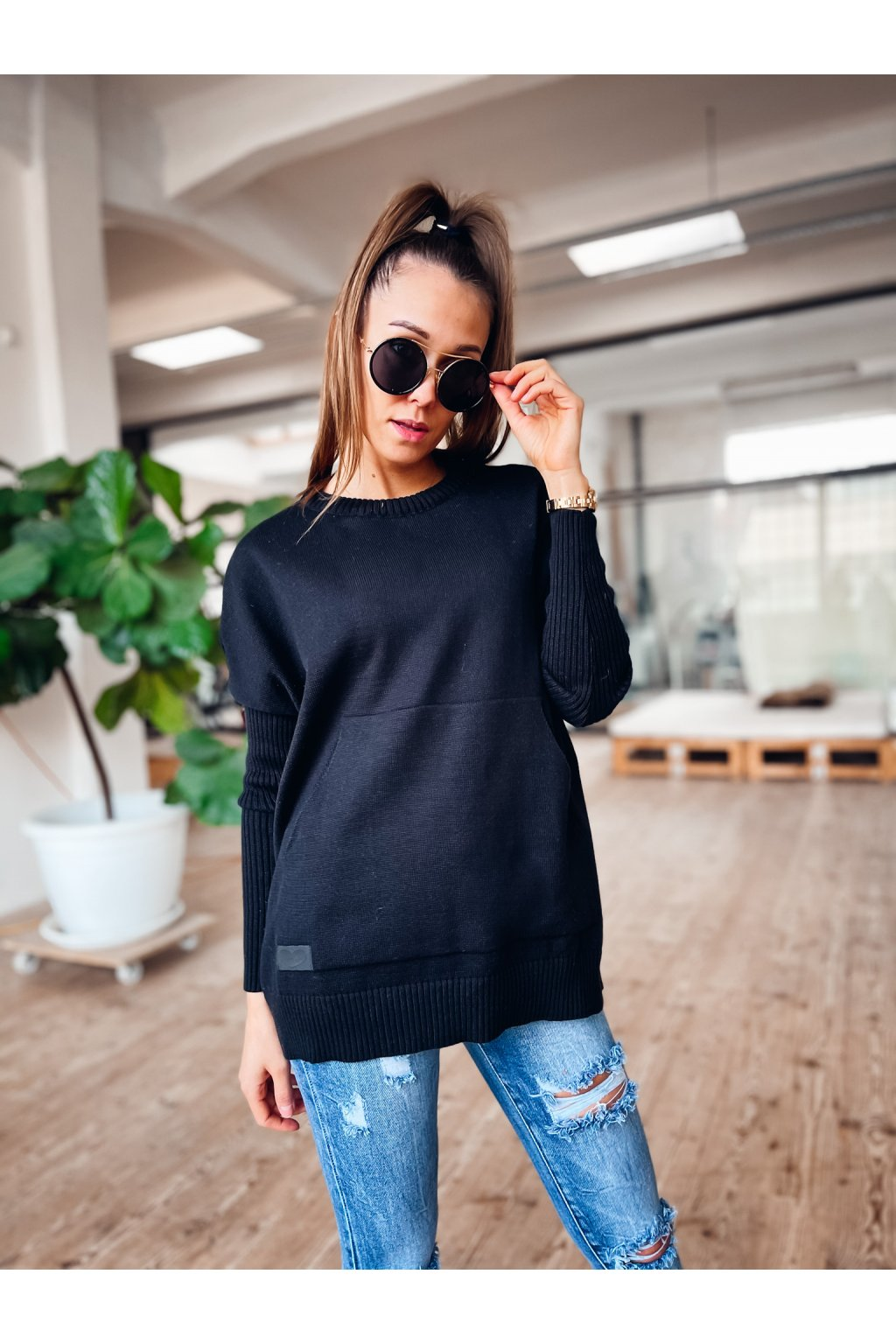 damsky svetr s kapsou spring black eshopat cz 1