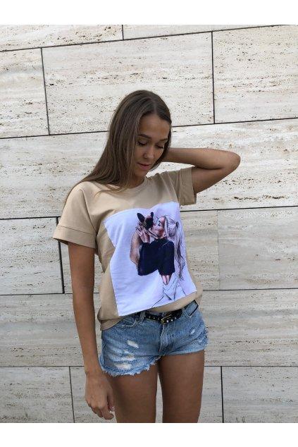 damske tricko girl with dog beige eshopat cz 1