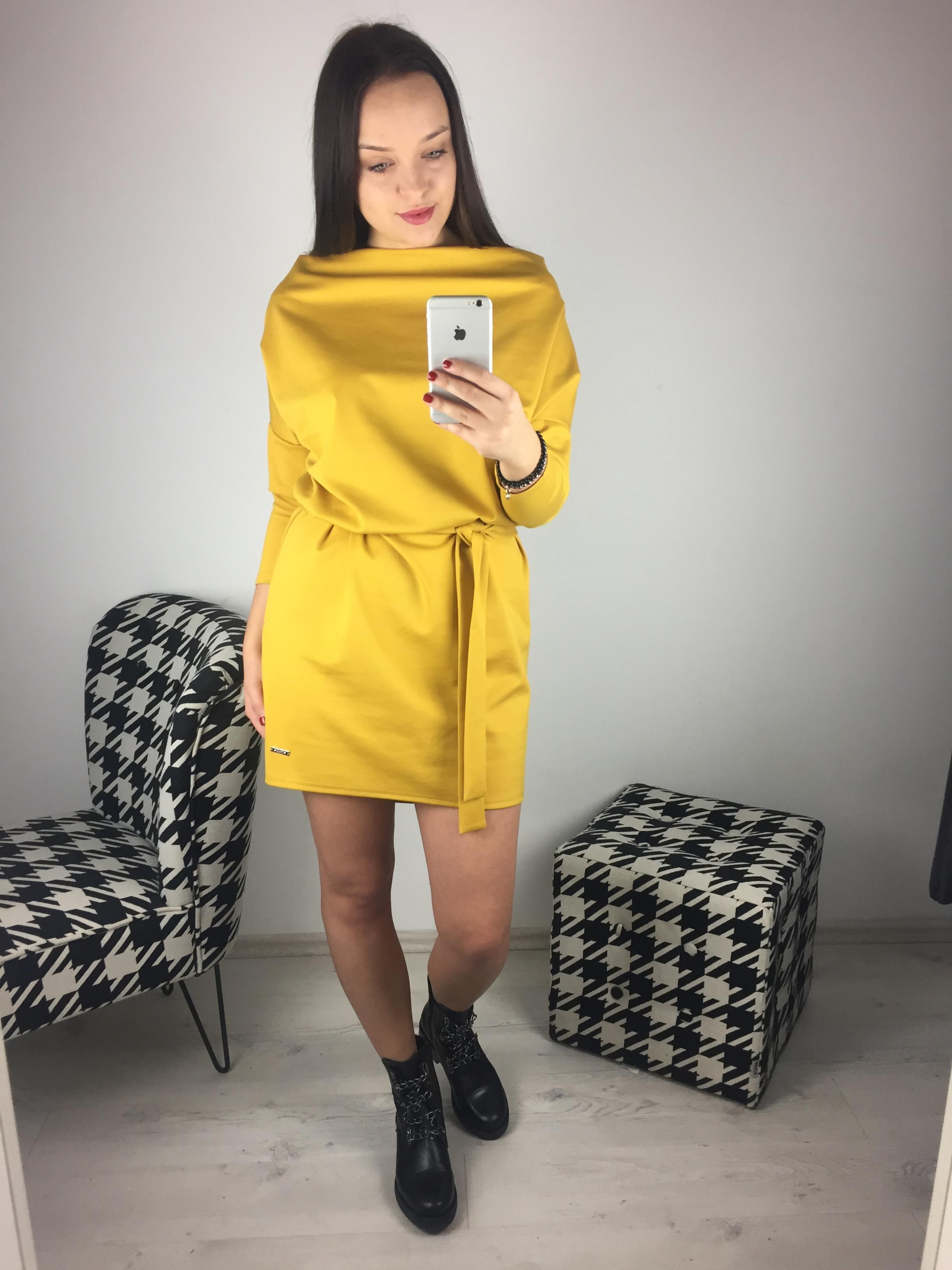 Eshopat Dámské šaty Isabella Mustard Velikost oblečení: UNI