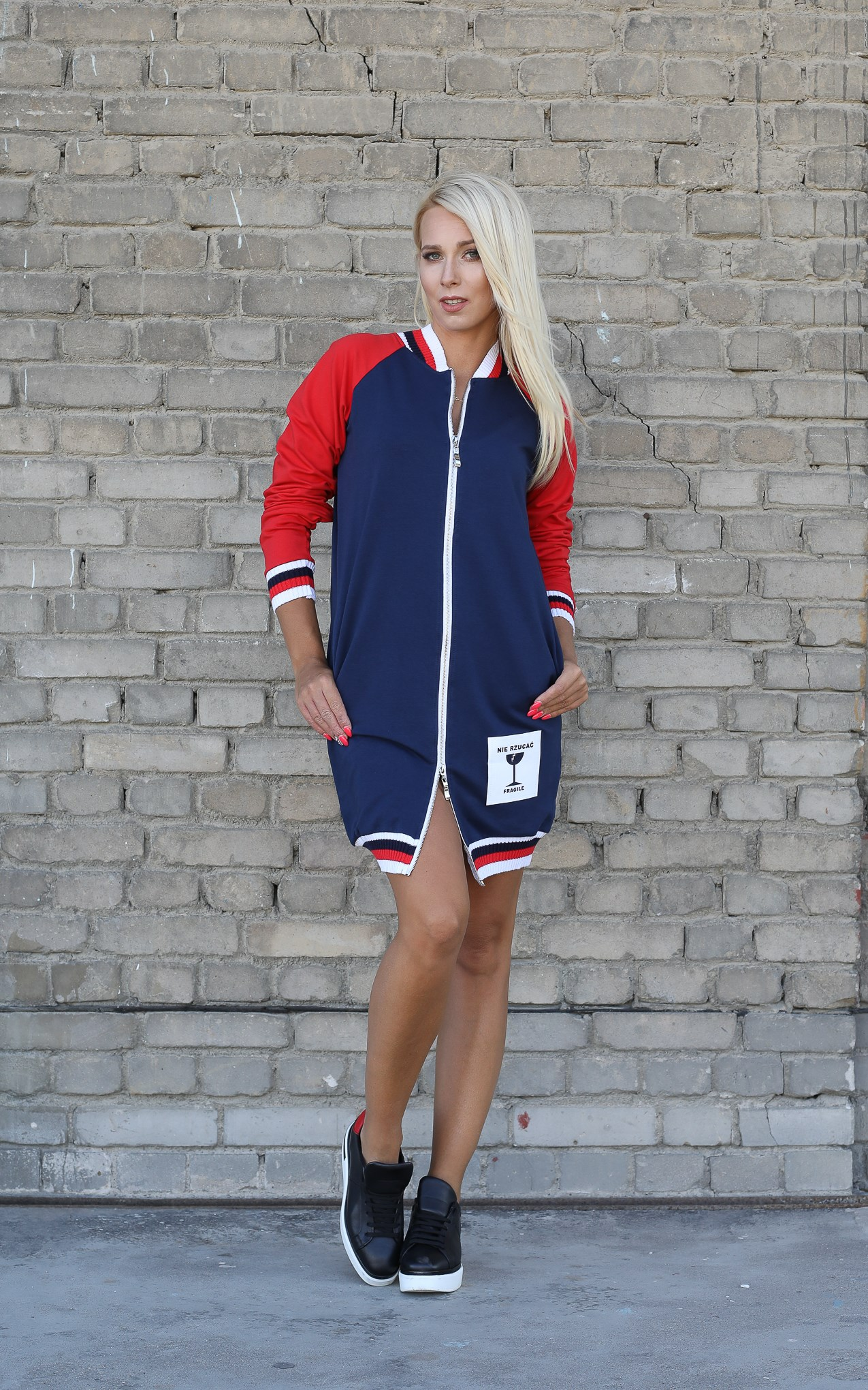 Eshopat Dámská delší mikina Fragile Concept Navy Velikost oblečení: M