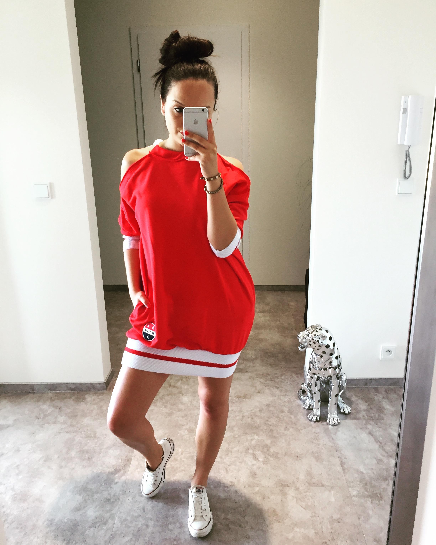 Eshopat Dámské šaty New York Red Velikost oblečení: UNI