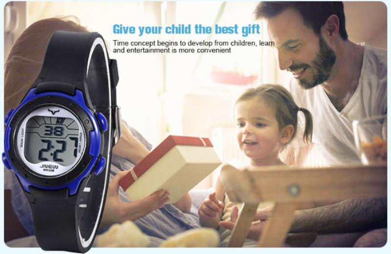 detske-digitalni-barevne-hodinky-jnew-9688-1-cerno-modre-banner-3