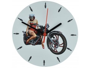 nastenne motorkarske hodiny pro motorkare divka na chopperu