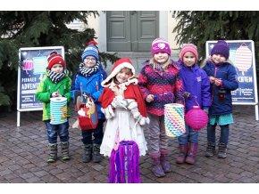Adventní plavba do Pirny a na rozsvícené zámecké zahrady Pillnitz, autobusem zpět - dítě do 10 let
