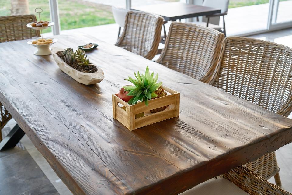 Jak se starat o dřevěný nábytek?