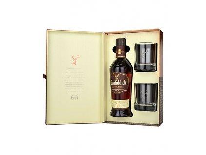 whisky Glenfiddich 18 with glasses espirits.cz