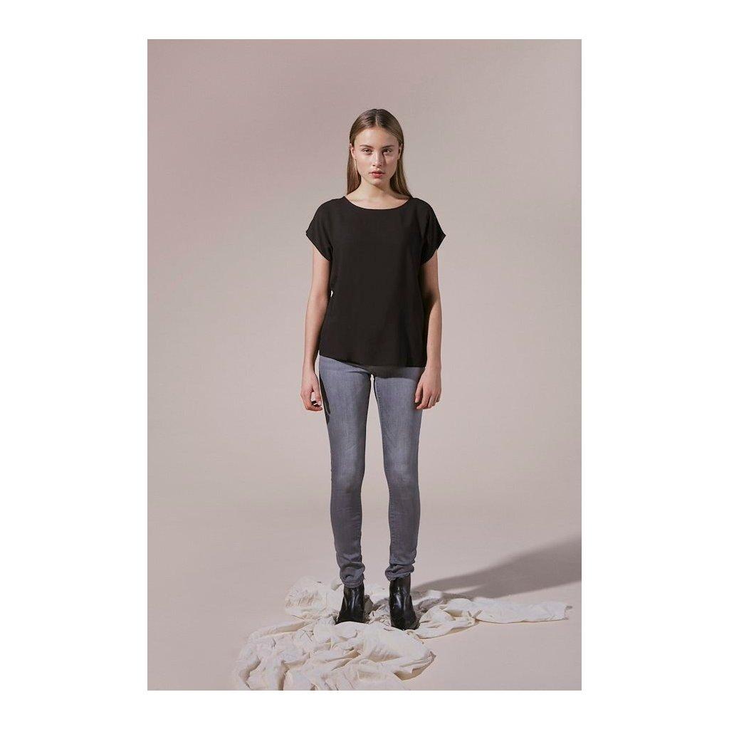 black majaih t shirt