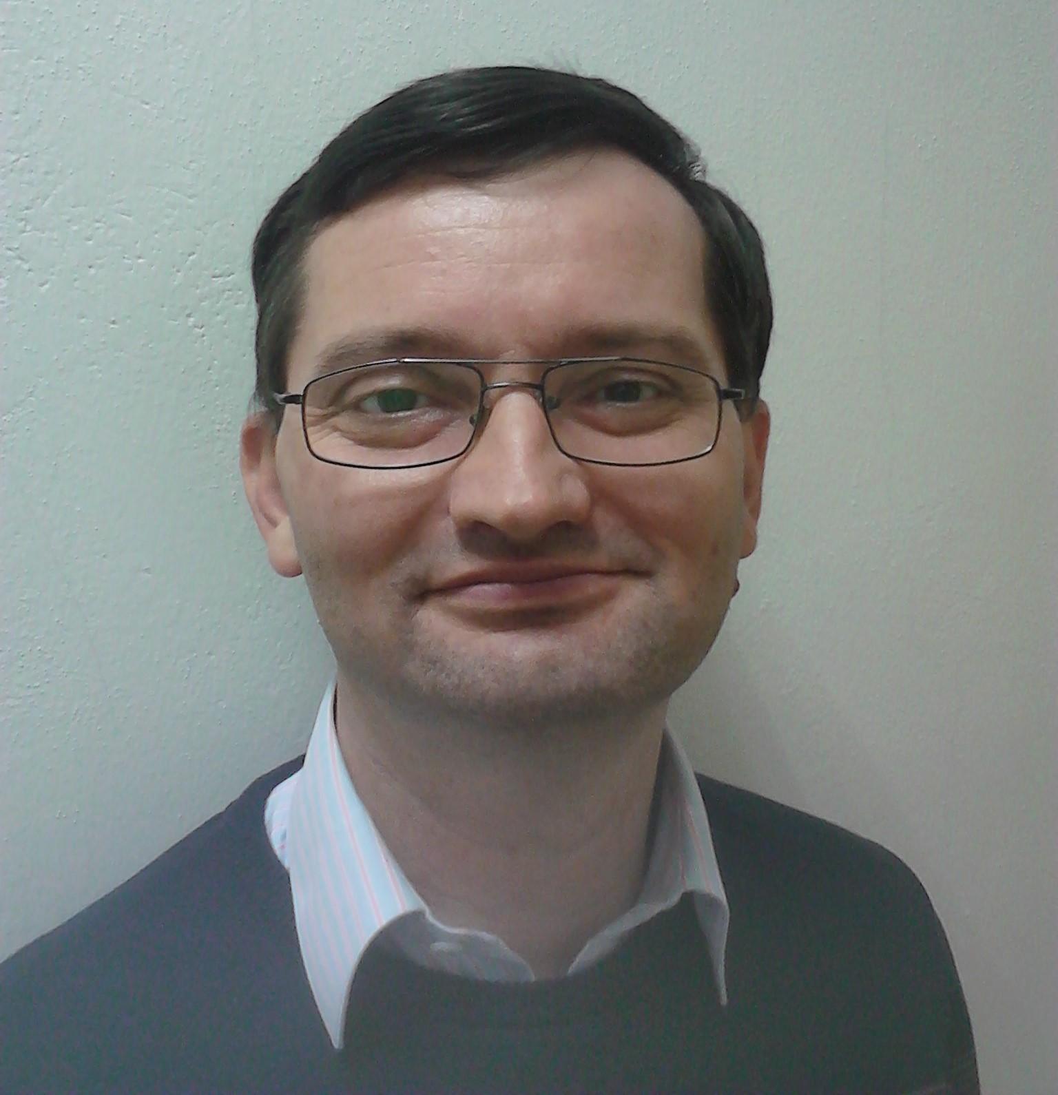 PharmDr. Tomáš Arndt, Ph.D. poodhaluje tajemství produktů ESTHECEUTI®