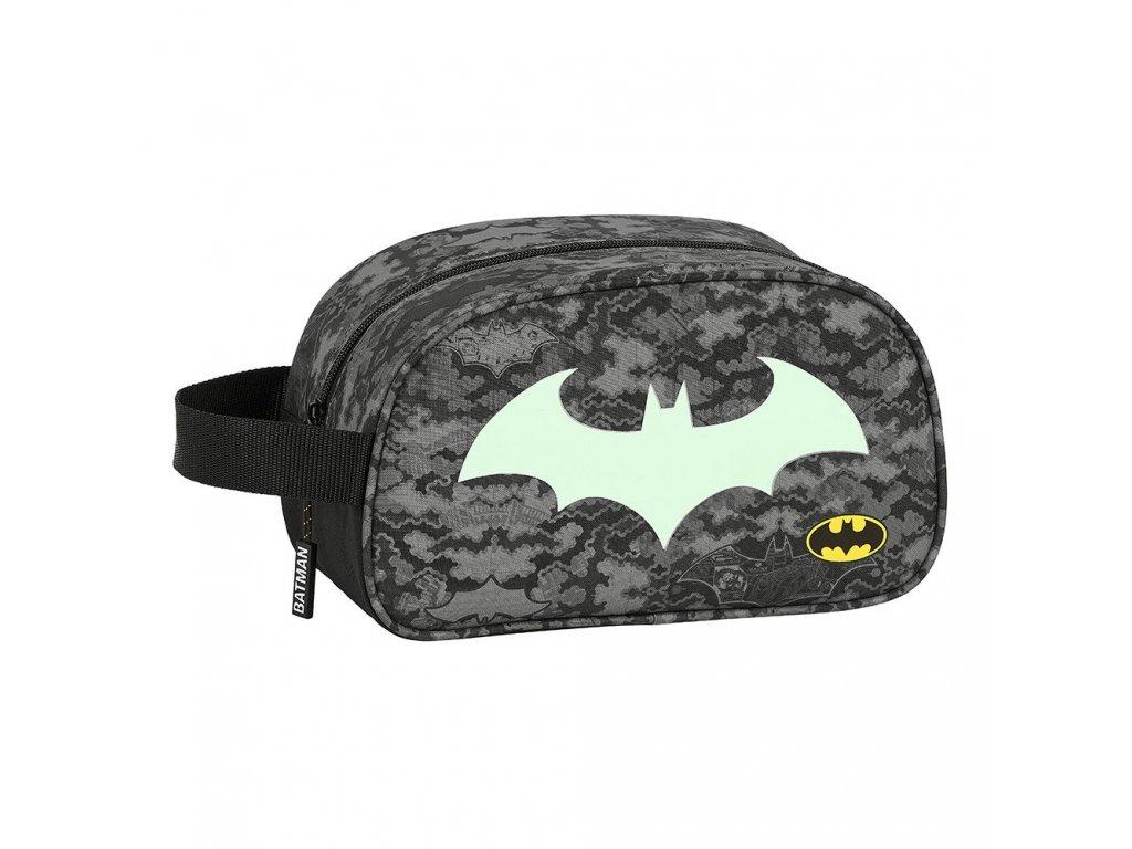 Necéser DC Comics Batman: vzor 12004 (objem 4,6 litrů 26 x 12 x 15 cm) černý polyester