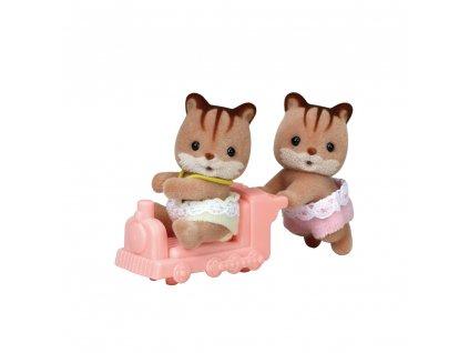 Dvojčata Oříškové veverky