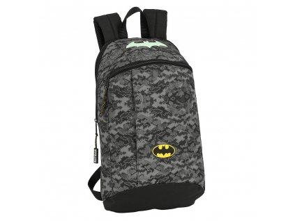 Batoh DC Comics|Batman: vzor 12004 (objem 8,5 litrů|39 x 22 x 10 cm) černý polyester