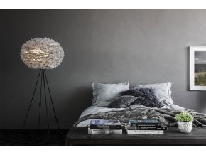 2090 Eos large light grey bedroom with footend table