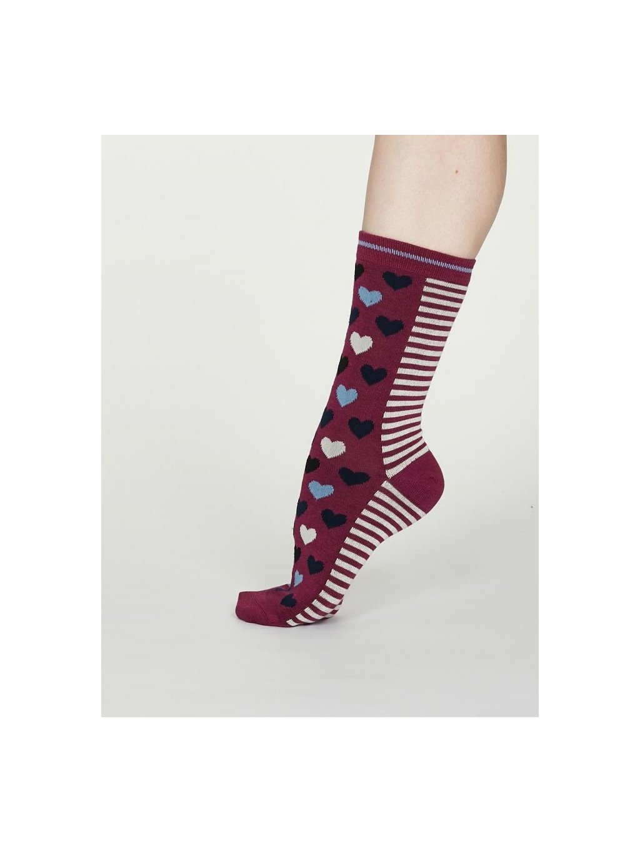 spw551 vivid magenta pink eileen socks 1