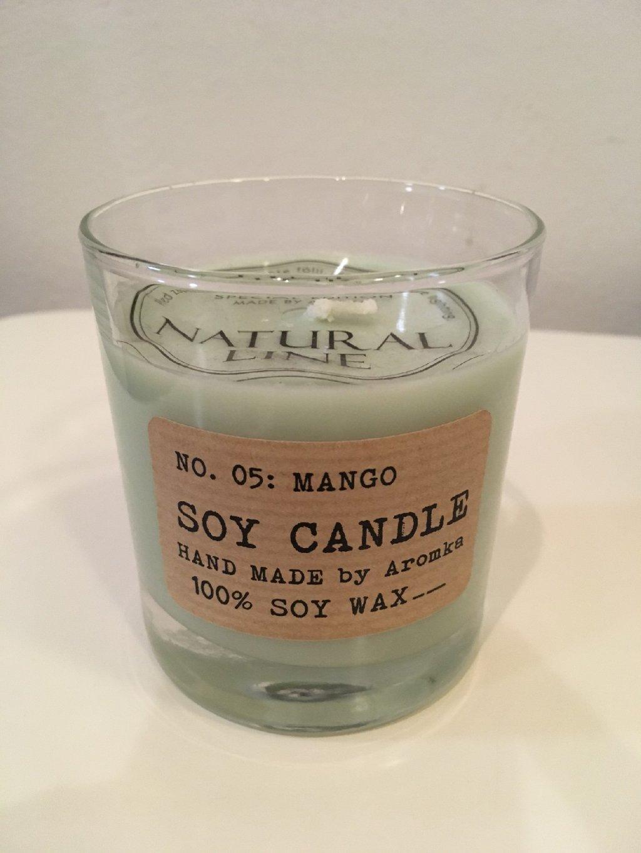 Svíčka ze sojového vosku Mango (válec Whiskey 200ml)