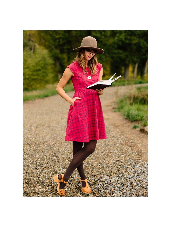 dress lovelylines applered m3
