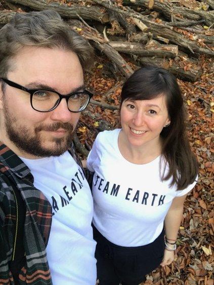 Team Earth unisex