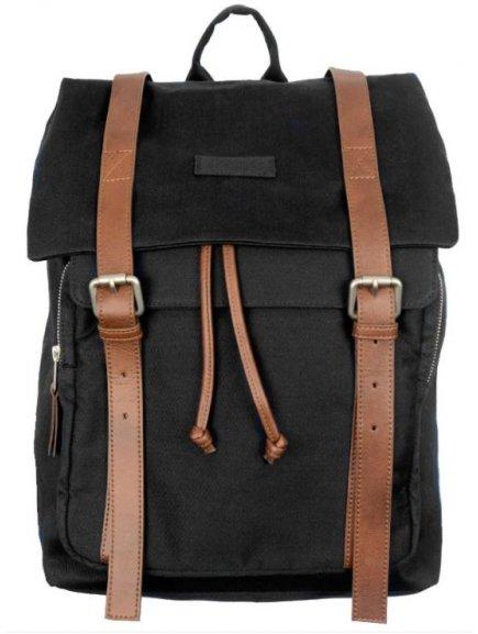 black backpack1