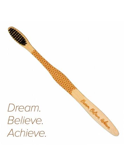 2bf6fe659b6e9af97a4ed5b5d328983b Dream.Believe.Achieve upraveno s citatem