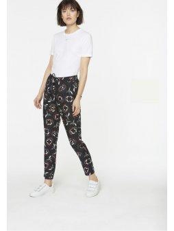 """Dámské černé kalhoty se vzorem """"Anka Pepper Rose"""""""